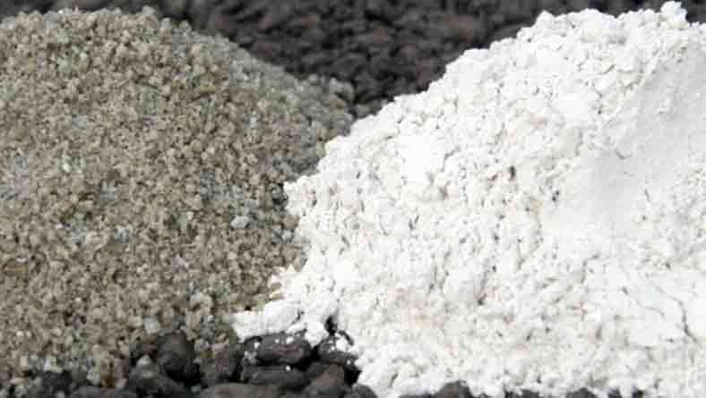 ecocemcement.jpg (Portland cement (left) and ECOCEM cement)
